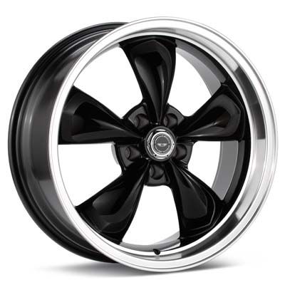 17x9  17x10.5  Torq-Thrust M / Black w/Machine Lip (Set of 4) -American Racing
