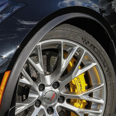 Z06 Carbon Front wheel Flares (Available in GM Matching Carbon & Tint)